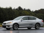 Honda Accord fitted with prototype Honda eight-speed dual-clutch transmission with torque converter