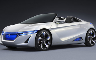2012 Toyota Corolla, Tokyo Motor Show, Connected Cars: Car News Headlines