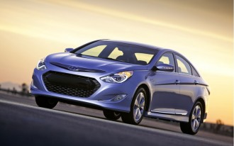 Five 2011 Affordable Mid-Size Family Sedans for Six-Footers