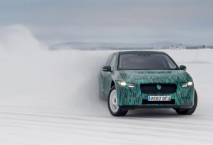 2019 Jaguar I-Pace to debut before Geneva; cold-weather testing video released