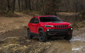 2019 Jeep Cherokee, 2018 Buick Regal Sportback, Honda Insight returns: What's New @ The Car Connection