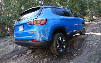 Jeep Compass crashed, Porsche 718 GTS, UAW's job threats: What's New @ The Car Connection