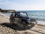 Italian Police add a Jeep Wrangler to patrol the beaches