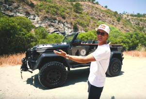 Jon Olsson presents Lord Hans his convertible G550 4x4