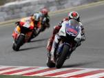 Jorge Lorenzo en route to victory in Catalunya - MotoGP photo