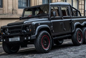 Kahn Design Flying Huntsman 110 WB 6x6 Double Cab Pickup concept