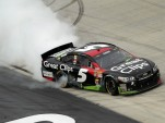 Kasey Kahne celebrates his win at the Food City 500 - image: Tim Parks for Chevrolet
