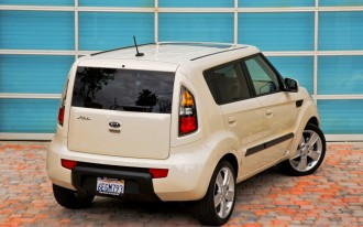 Driven: 2010 Kia Soul vs. 2009 Nissan Cube