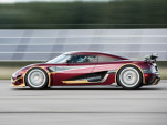 Koenigsegg Agera RS goes from 0-250-0 MPH in 37 seconds