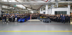 11,000th and 8,000th Lamborghini Huracán and Aventador models built