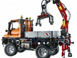 LEGO Mercedes-Benz Unimog model