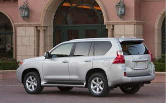 Lexus Stops Sales Of GX 460 SUV, After CR Warns About Rollover Risk