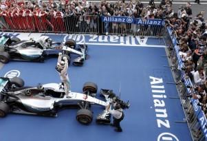 Mercedes AMG at the 2015 Formula One Japanese Grand Prix