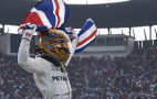 Lewis Hamilton signs for two more years at Mercedes-AMG F1 team