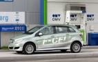 Mercedes-Benz unveils hydrogen-powered B-Class F-Cell