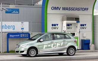 Will Your Next Car Run On Hydrogen? Ford, Mercedes, Nissan Partner On Fuel Cell Tech