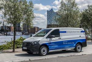 Mercedes-Benz introduces electric delivery vans, with an app, in Germany
