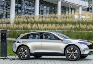 Mercedes to invest $1 billion to build electric SUVs, batteries in Alabama
