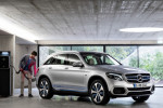 Mercedes, Smart, Daimler trucks update electric-car, electrification plans