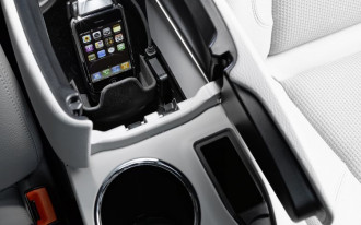 Mercedes-Benz Cuddles Up to the iPhone