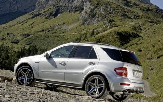 Mercedes Launches New AMG ML- and SL- Models