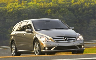 Mercedes R-Class vs. BMW 5 GT: And the Biggest Loser Is...