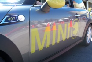 DRIVEN: MINI E On An Autocross Course At MTTS2010 (Video)