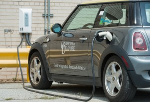 Electric Mini to be made in U.K., despite BMW's Brexit worries (updated)