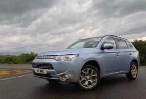 Mitsubishi Outlander Plug-In Hybrid: Quick Drive