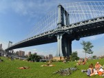 New York City's Manhattan Bridge (photo by Ludovic Bertron)