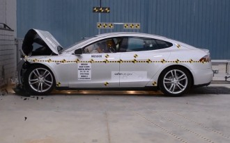 Tesla Gets Creative With Model S Safety Rating & Ruins It For Everyone
