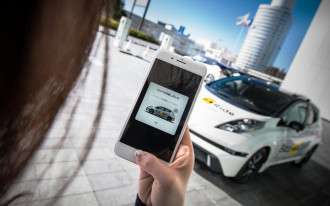 Nissan to begin self-driving taxi trial in Japan