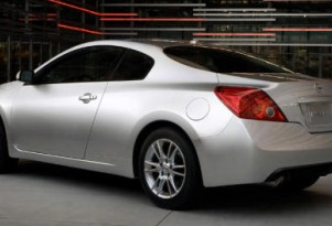 Nissan considers drop-top Altima