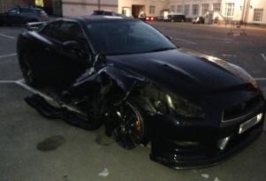 Nissan GT-R blows a tire at 200 mph. Image via pizdec77/GTRLife.