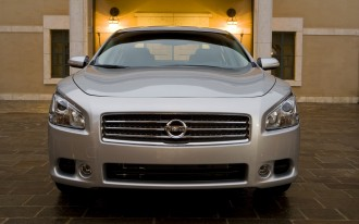 Driven: 2009 Nissan Maxima SV. 4DSC Faith No More.