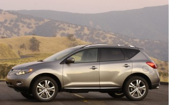 Compared: 2010 Lexus RX 350 vs 2010 Nissan Murano LE