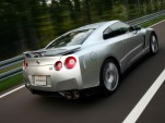 2010 Nissan GT-R Review: Part 1 - Background And Interior