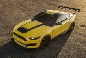 Ole Yeller 2016 Ford Mustang Shelby GT350