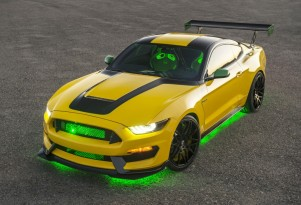 Shelby GT350 named Ole Yeller inspired by iconic P-51D Mustang aircraft, legendary pilot