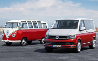 Apple's self-driving VW van, Porsche 718 GTS driven, Electric car buying: What's New @ The Car Connection