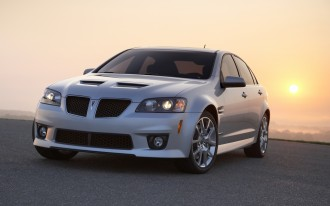 Lutz Saves Pontiac G8; Chrysler Gives Lutz's Dodge Viper A Reprieve