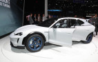 Porsche rolls out Mission E Cross Turismo concept in Geneva