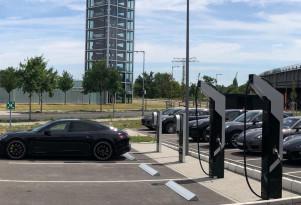 Porsche 800-volt charging stations installed at dealer