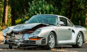 Crashed 1987 Porsche 959 heads to auction