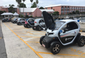 Life with Renault Twizy: electric bopping around Bermuda