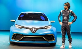 Renault Zoe e-Sport Concept being revealed at 2017 Geneva auto show  [photo: Olivier Martin-Gambier]