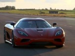 Robert Serwanski test drives the Koenigsegg Agera R