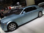 Rolls Royce Phantom Experimental Electric 102EX live photos