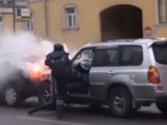 Russian drunk driver meets street justice