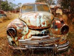 Rusty car [via oldrustycars.com]